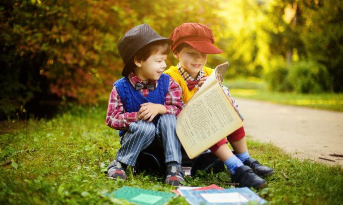 Czytanie bajek w Przedszkolu w Czarnej